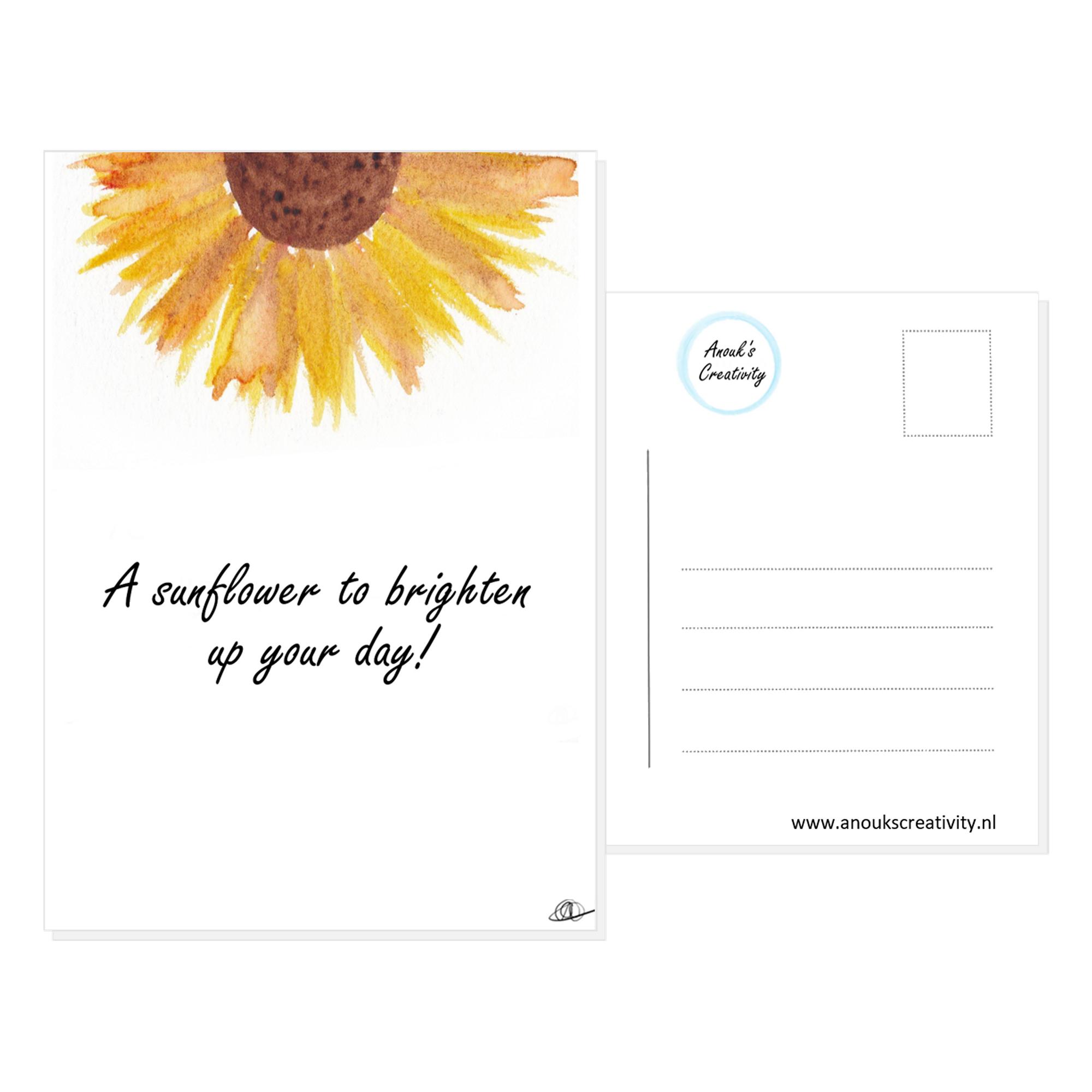 """Ansichtkaart met de tekst """"A sunflower to brighten up your day!"""" en hangemaakte illustraties van een zonnebloem. De achterkant van de ansichtkaart is ook te zien, daarop staan lijntjes voor het adres en is er plaats voor een postzegel."""